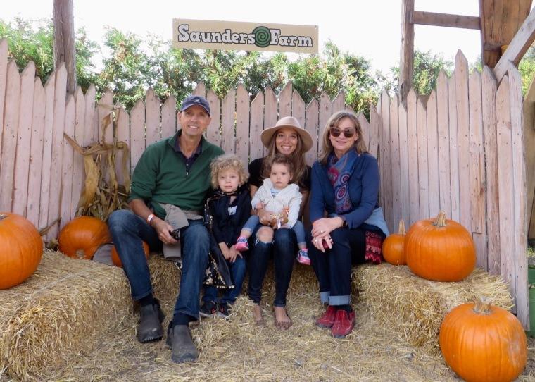halloween_saundersfarm_outing_family_familyouting_fun_weekendvibes_pumkins
